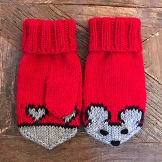 Ravelry: Designs by Eva Norum Olsen Crochet Mittens Pattern, Knit Mittens, Knitted Hats, Fox Hat, Olsen, Kos, Ravelry, Gloves, Winter Hats