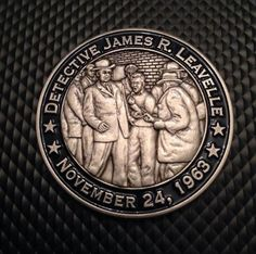 Custom challenge coin DETECTIVE JAMES R. LEAVELLE DALLAS POLICE DEPARTMENT 1950-1975
