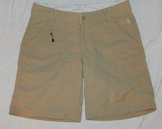 The North Face Shorts khaki 10 #TheNorthFace #BermudaWalking