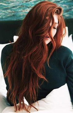 Hair Color 2018 Deep Auburn With Ginger Hues ❤️ An auburn hai. - Hair Color 2018 Deep Auburn With Ginger Hues ❤️ An auburn hair color is the tren - Hair Color Auburn, Red Hair Color, Long Auburn Hair, Red Hair For Cool Skin Tones, Warm Red Hair, Brownish Red Hair, Medium Auburn Hair, Hot Hair Colors, Hair Medium