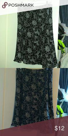 Hillard & Hanson Shirt Worn a couple of time. She'll lined 100% polyester Hillard & Hanson Skirts Maxi