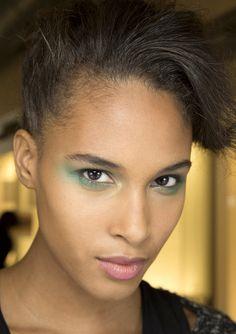 Backstage Armani - s/s 2014 - makeup: Linda Cantello