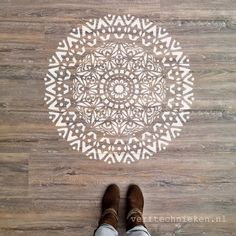 What is Meditation and What Are Its Benefits Meditation Space, Daily Meditation, Stencils, Chalk Paint, Mandala, Diy Wood, Painting, Decor Ideas, Decoration