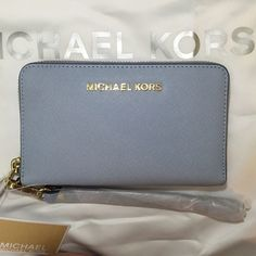 e48d291f96375a Michael Kors Jet Set Large Multi Function Phone Wallet Wristlet in Pale  Blue | eBay