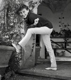Audrey Hepburn- De Fashion of Audrey
