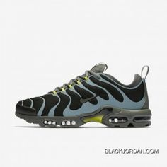Nike Air Max Plus Tn Ultra Herrenschuh – Schwarz Nike Air Max Tn, Nike Air Max Plus, Nike Tn, Nike Air Max Trainers, Mens Running Trainers, Air Max Sneakers, Sneakers Nike, Mens Nike Air, Basket Nike Air