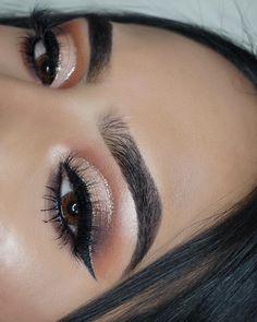 Modern Renaissance palette. Anastasia Beverly Hills. Makeup. Eye makeup. Bronze eye. Neutral eye. Glitter liner. Brows. Benefit kabrow. Eyeliner. 2,321 Followers, 339 Following, 74 Posts - See Instagram photos and videos from A M T U L ☽ (@makeupbyamtul)