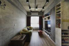 居家空間的顏色搭配一直是一門不簡單的功課 高彩撞色 與 低度裝潢 要同時運用這兩個看似相對立的元素 更是高難度的挑戰