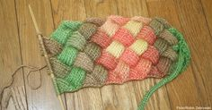 Entrelac Crochet: A Geometric Color Splash that Delights the Senses