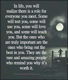 Read these super inspiring best friendship quotes, Top Friendship sayings and smile quotes Inspirational Wisdom Quotes, Inspiring Quotes About Life, Meaningful Quotes, True Quotes, Great Quotes, Positive Quotes, Motivational Quotes, Thank You Quotes, Smile Quotes