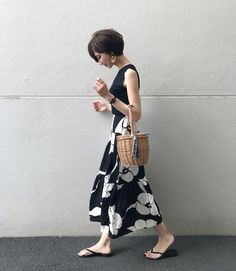 Outstanding are offered on our internet site. Read more and you wont be sorry you did. Skirt Fashion, Fashion Outfits, Womens Fashion, Shot Hair Styles, Fashion Books, Japanese Fashion, Fashion Beauty, Fashion Fashion, Fashion Ideas