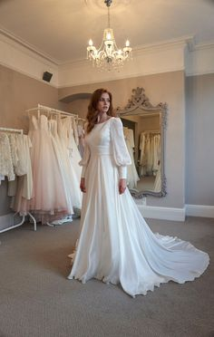 Muslim Gown, Muslim Wedding Gown, Indian Wedding Gowns, Unique Wedding Gowns, Wedding Gowns With Sleeves, Long Sleeve Wedding, Modest Wedding Dresses, Long Bridesmaid Dresses, Bridal Dresses