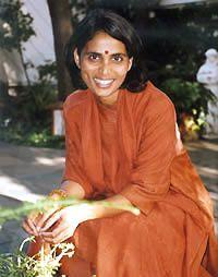 Gurumayi Chidvilasananda  (1955-)