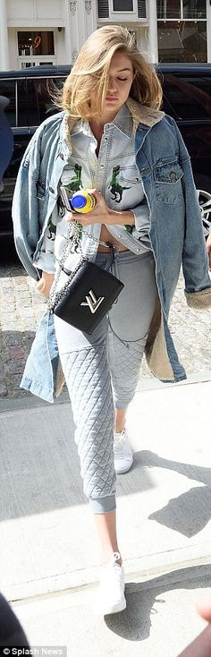 Gigi Hadid bares her toned tum as she heads home to her apartment with Zayn Malik   Daily Mail Online