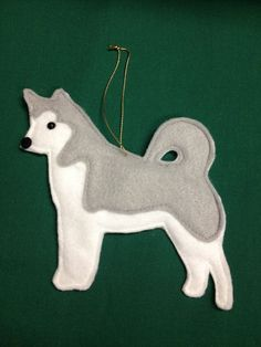 Handmade Felt Husky Ornament Personalized Free**I bet I could make something like this