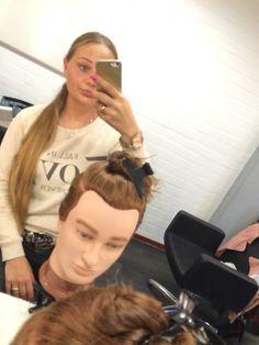Eerste keer knippen Selfie, Mirror, Mirrors, Selfies