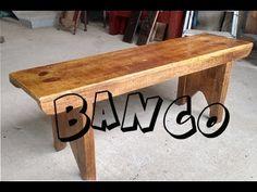 Banco feito de tabua de pinus da construçao