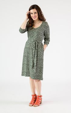 The belted tunic dress is floats over you body and hugs you in all the right places. A perfectcut and fabric for any season, and versatile enough to wear to work or play. The tunic dress can be worn with or without the separate belt, which can be tied in a knot or a bow to cinch you in at the waist. Three-quarter l