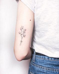 Tattoos on back Tricep Tattoos, Elbow Tattoos, Star Tattoos, Finger Tattoos, Tatoos, Flower Tattoo On Ribs, Small Flower Tattoos, Back Tattoo, Violet Tattoo