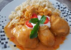 Chicken Paprikasch - Paprikáscsirke You know, just whateverpaprikasch. The chicken one is particularly soft and almost sweet. Hungarian Recipes, Hungarian Food, Sweet Life, My Recipes, Baked Potato, Good Food, Potatoes, Meals, Chicken