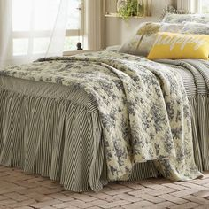 Toile Oversized Quilt from Through the Country Door | NI717958