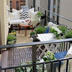 16 idées pour aménager votre balcon avec style | Seloger
