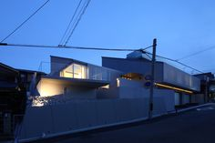 House in the suburb of Osaka / ANDO Corporation
