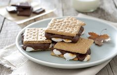 10 Scrumptious S'more Combos That Are Less Than 220 Calories | SELF