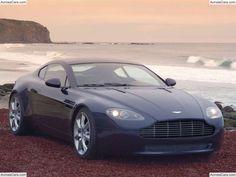 Aston Martin AMV8 Concept Car (2003)
