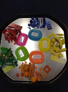 Sorting and colour matching activity in the tuff spot. Great for EYFS. Maths Eyfs, Eyfs Activities, Sorting Activities, Work Activities, Color Activities, Preschool Activities, Eyfs Classroom, Numeracy, Toddler Classroom