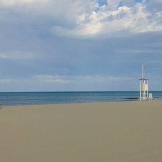 Casa mia è il #mare #sea #beach #spiaggia #Rimini #emiliaromagna_friends #ig_captures #ig_today #ig_italia #ig_fotoitaliane #today #myphoto #myrimini #raccontarimini #vivorimini #vivo_emiliaromagna #instagood #instalike #paesaggitaliani #italia_landscape #italia #italy #romagnamia #emiliaromagna by matteo8219