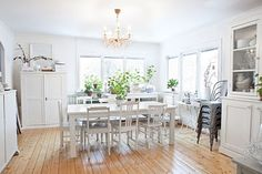 White room with wood floors. It doesn't get any better than this!