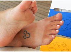 Disney icon tattoo and serious flip flop tan Pretty Tattoos For Women, Beautiful Tattoos, Cool Tattoos, Tatoos, Disney Crafts, Disney Fun, Disney Style, Disney Ideas, Icon Tattoo