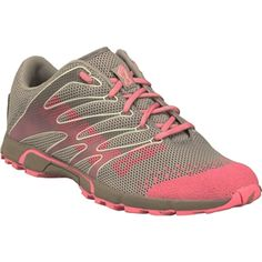 The ideal crossfit sneaker. I usually like my workout shoes to be black but for some reason I cannot resist these bad boys in pink! Pink Workout, Workout Shoes, Workout Clothing, Crossfit Shoes, Travel Workout, I Work Out, Pink Fitness, Fitness Life, Hiking Boots