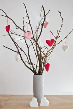 Valentines Tree - Easy DIY table decoration idea for valentine themed fundraiser. Perfectly simple.