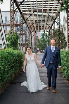 Denver bridge wedding - Coohills Restaurant