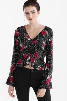 CLOCKHOUSE Bluse schwarz-gepunktet, verspieltes Schößchen, Raffung auf  Vorderseite  100 % Viskose ce9a00136c