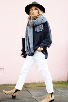 Jeans blancos: | 14 Prendas súper útiles para hacer la transición de verano a otoño