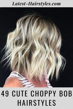 A little volumizing spray can bring out texture to jazz up a choppy cut. Visit our website to see our collection of popular choppy bob hairstyles. Photo credit: Instagram @summerevansstudio Choppy Bob Hairstyles, Latest Hairstyles, Pretty Hairstyles, Easy Hairstyles, Choppy Cut, Textured Bob, Cut And Style, Shoulder Length