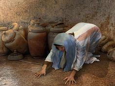 Wonderful Free Bible picture slide show of the parable of the Lost Coin. (Luke 15:8-10)