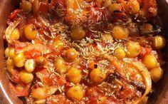 Ρεβύθια κοκκινιστά στον φούρνο. Μια άλλη εκδοχή των ρεβυθιών που θα γίνει συνήθεια σας!