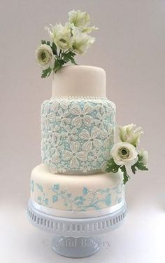 www.cakecoachonline.com - sharing...		 Something Blue