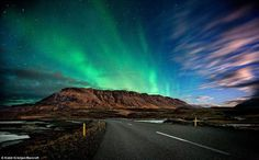 Google Afbeeldingen resultaat voor http://images.wordlesstech.com/wp-content/uploads/2011/03/northern-lights-auroa-borealis-in-iceland.jpg