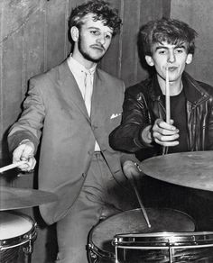 Backstage at the Big Beat, Tower Ballroom, New Brighton, 1961 - Revolviendo fotos viejas con Ringo Starr - http://2ba.by/27kqc