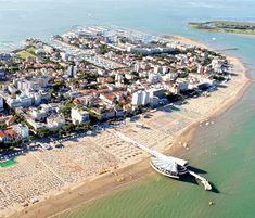 Aktuální nabídka pobytů v Itálii - Lignano Sabbiadoro. Hotely, apartmány, residence, vilky. Písečná pláž, zábava pro děti, dovolená u moře.