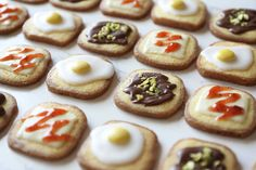 食通のためのグルメメディアdressing「dressing編集部」の記事「まるで食パンなクッキーが可愛すぎ! 意外と簡単に作れる「食パン型クッキー」の基本レシピとアレンジ3選」です。