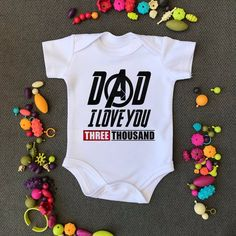 Dad I Love You Three Thousand Onesie. First Birthday Clothes. Avengers I Love You 3000 Dad I Love You Three Thousand Onesie. First Birthday Clothes Marvel Baby Shower, Baby Marvel, Baby Wunder, Cute Bodysuits, Dad Baby, Baby Girls, Baby Boy, Cute Baby Clothes, Marvel Baby Clothes