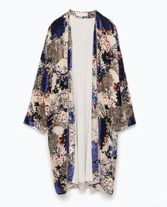 Bild 9 von Kimono aus Ausbrennersamt mit Print von Zara
