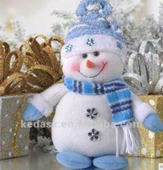 31 Ideas Diy Christmas Snowman Ornaments Fun For 2019 Snowman Crafts, Snowman Ornaments, Christmas Projects, Felt Crafts, Holiday Crafts, Snowmen, Christmas Sewing, Christmas Fabric, Christmas Pillow