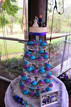 Purple and turquoise wedding cupcakes by Cupcake Passion (Kate Jewell), via Flickr